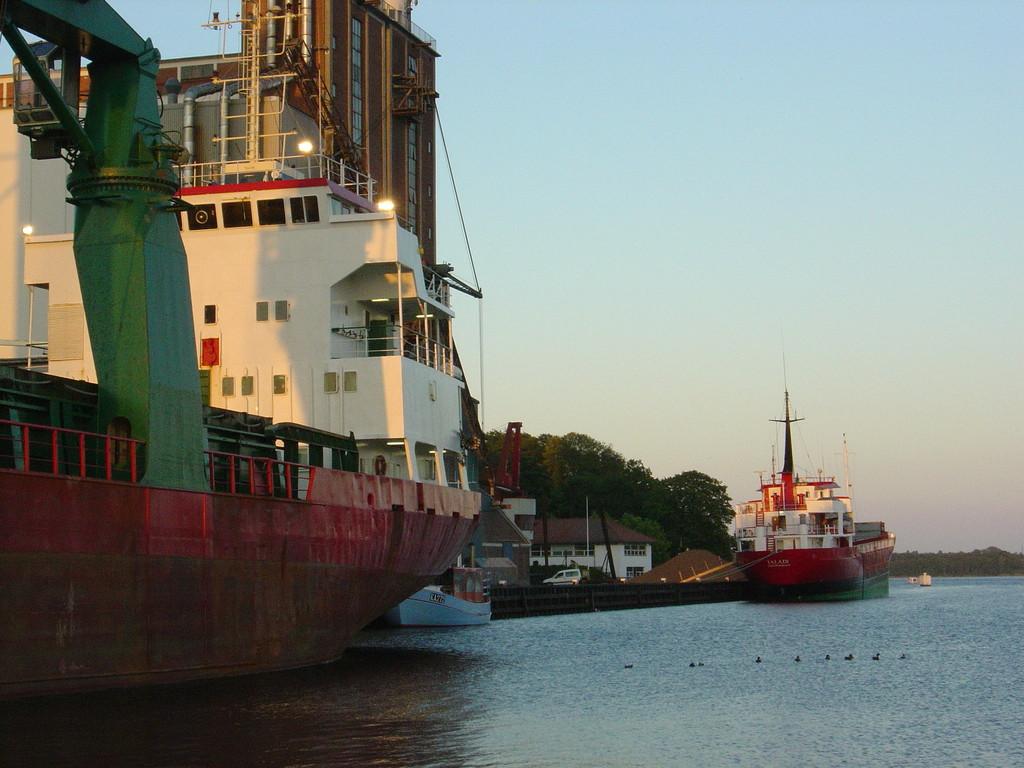 Nach de Fahrt durch den Svedborgsund im Hafen von Svedborg