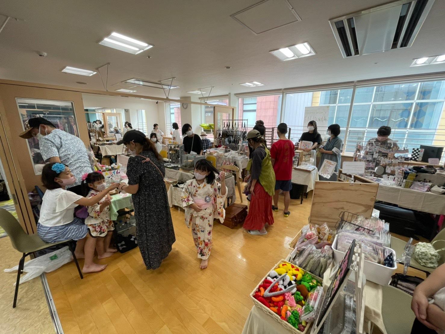 ららぽーとTOKYO-BAYの学童施設で『ふなばし子どもマルシェ』開催!  足育や子ども店長、ハンドメイド作品など盛りだくさん。