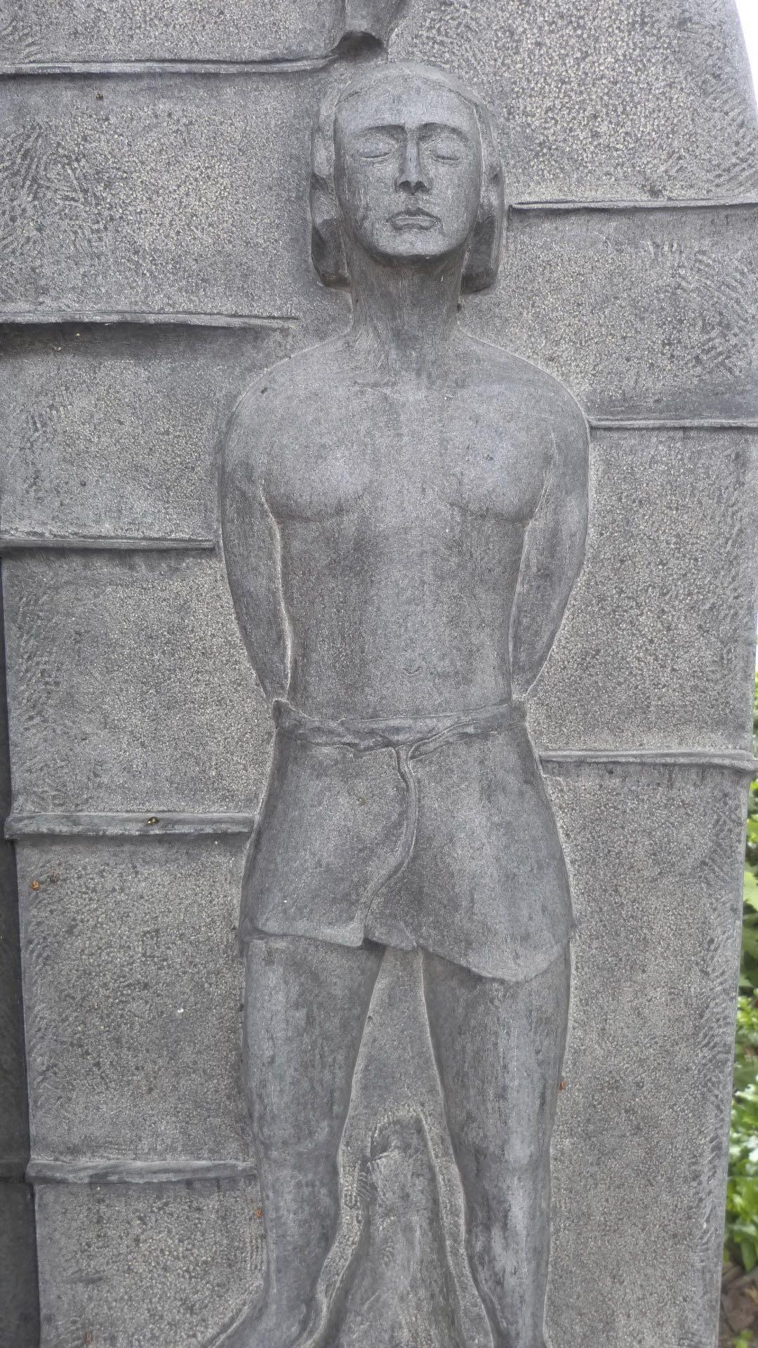"Schwedischer Granit  ""Der heilige Sebastian"""
