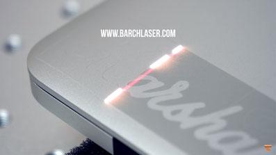 Grabado laser sobre computadoras, relojes, celulares, joyas, aluminios, aceros, nickel, etc.