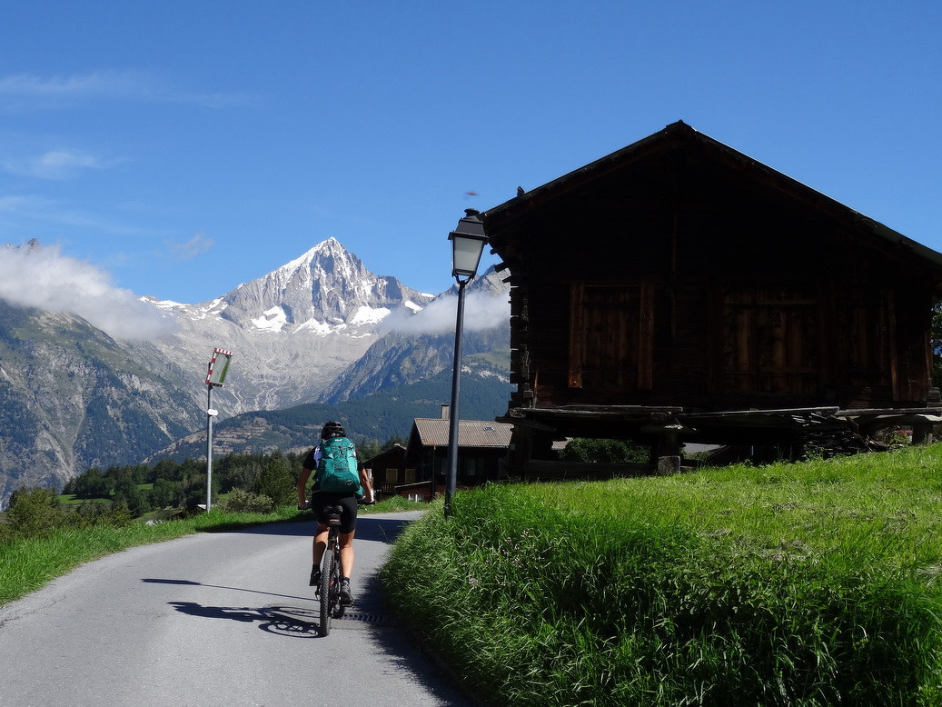 Holzspeicher und Bietschhorn - Wallis pur