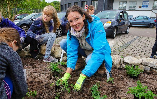 Rebekka Nadig vom Verein für Dorfentwicklung hat das Schmetterlings-Projekt ins Leben gerufen.