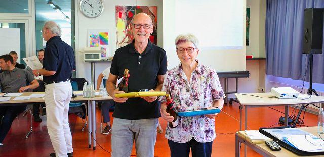 Manfred Paschwitz und Ursula Strauss wurden nach 30 Jahren im Gemeinderat verabschiedet.
