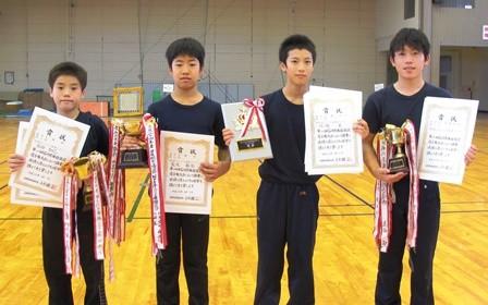男子B中学 団体・個人W優勝V3