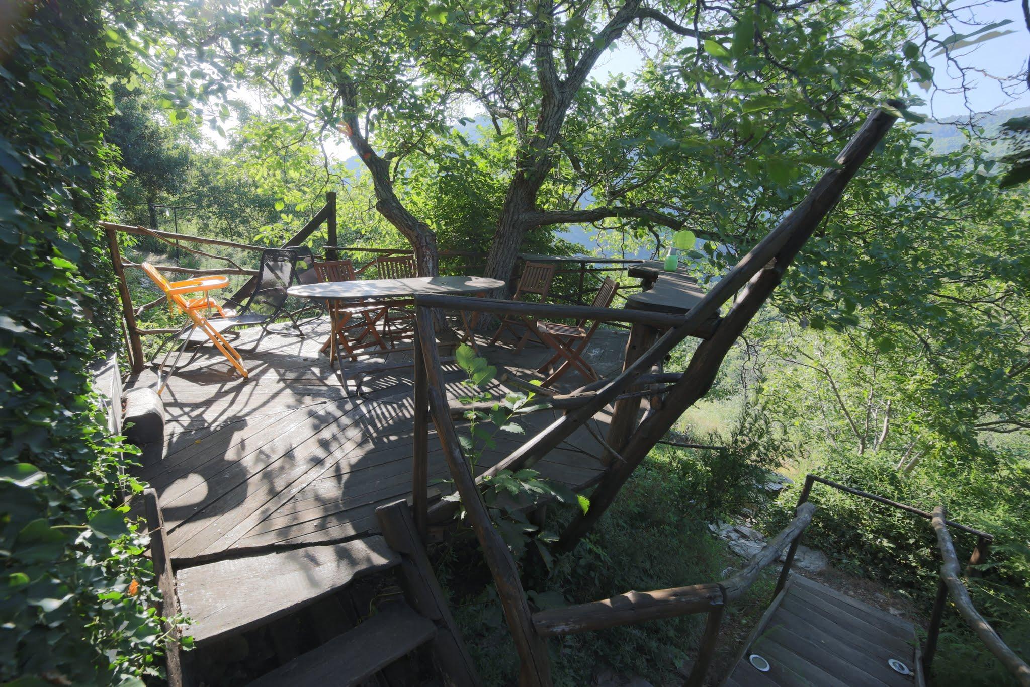 La terrasse de la cuisine clède