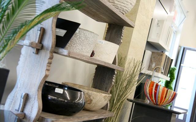 Natursteinwaschbecken in allen Formen und Farben erhältlich bei Firma Fliesen Böser