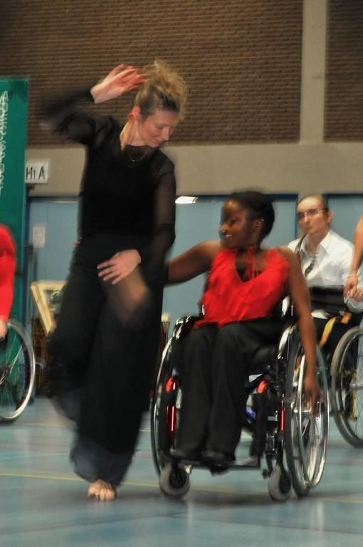 Atelier de cyclo-danse pour une journée multi-sport Féma