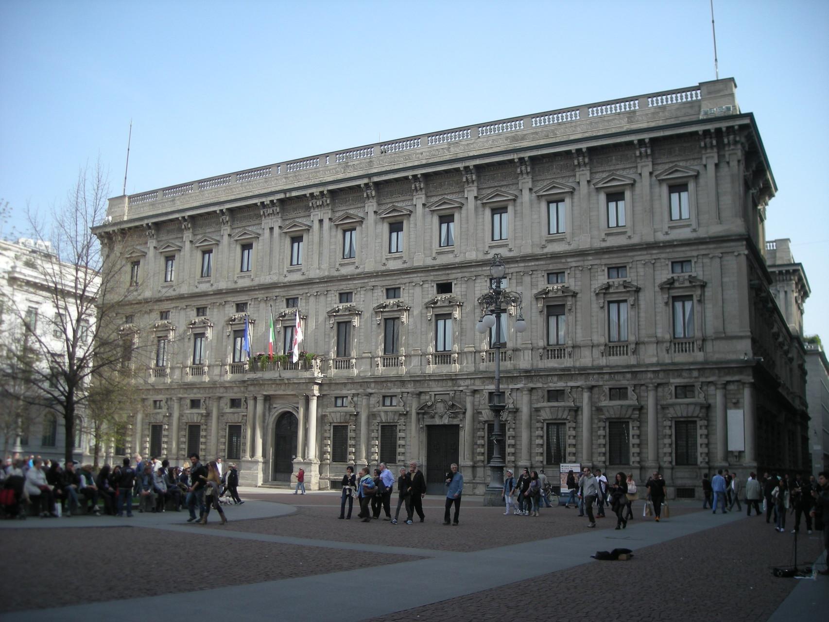 di Expo 2015 apre al pubblico alcune sale che svelano molto bene la sontuosit di questo palazzo cinquecentesco oggi sede del une di Milano