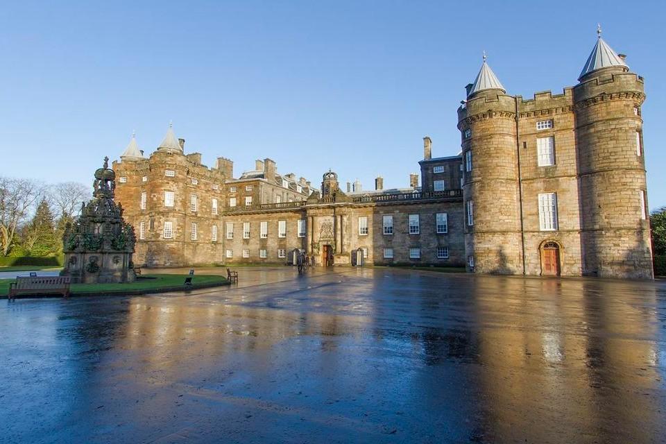 Connessioni Culturali: Edimburgo castelli scozzesi