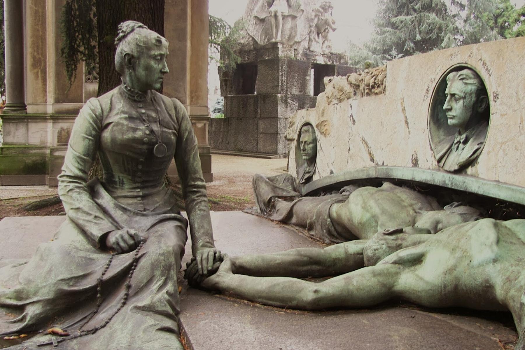 Visita Cimitero Monumentale: Eros et Thanatos