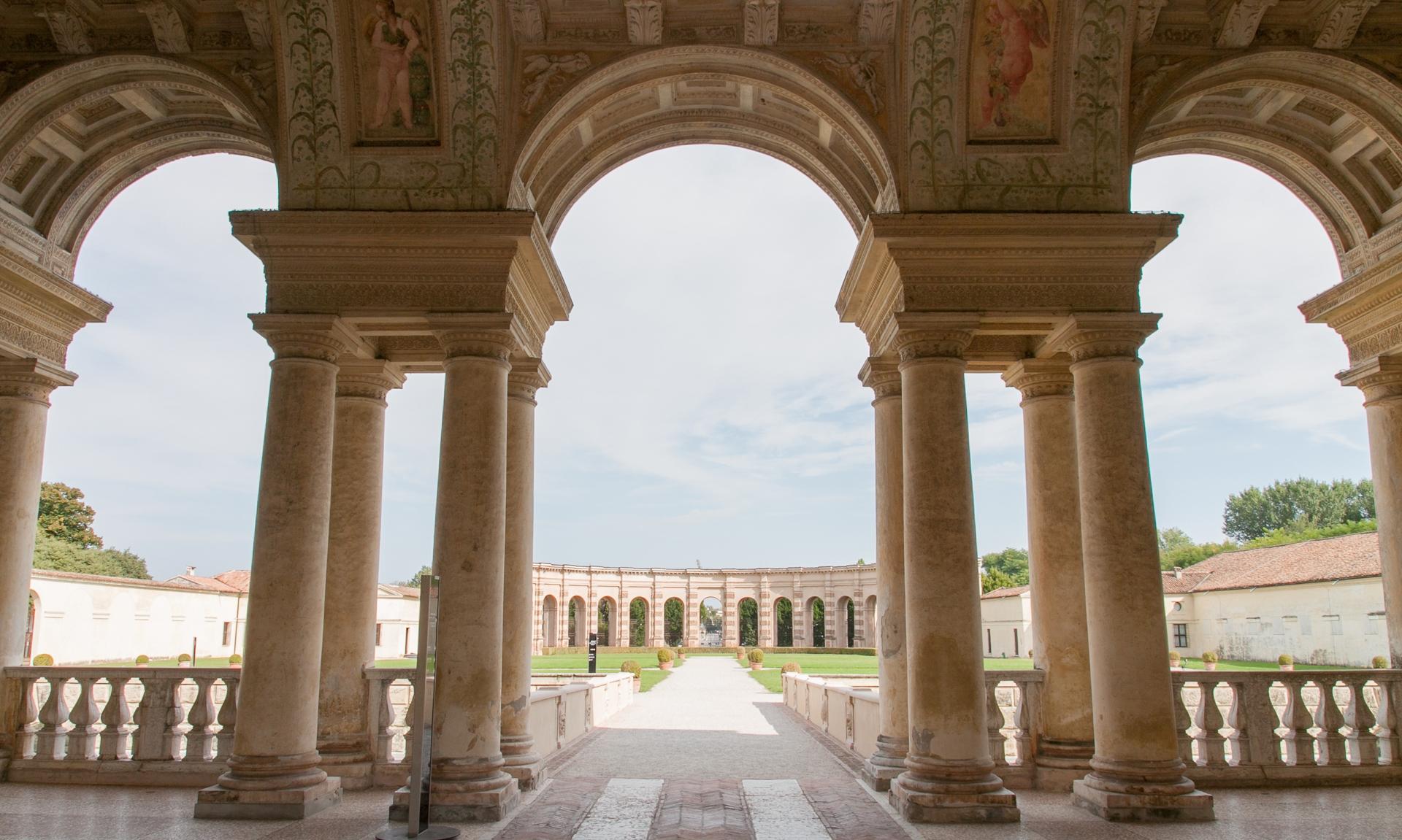 Mantova milanoguida visite guidate a mostre e musei - Giulio iacchetti interno italiano ...