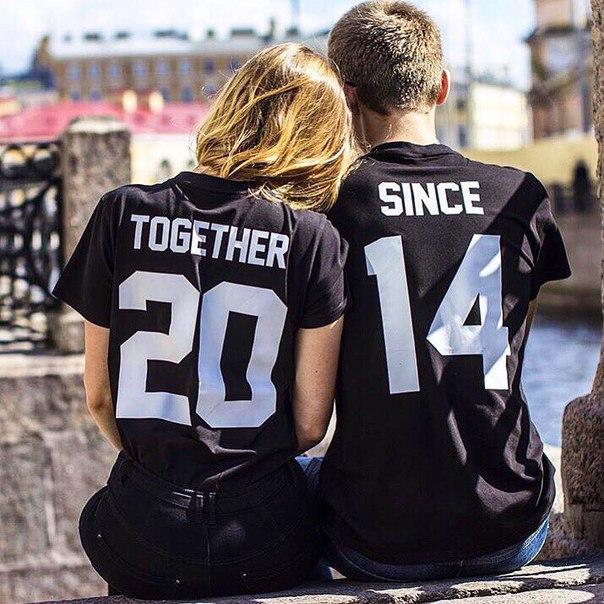 Парные черные футболки