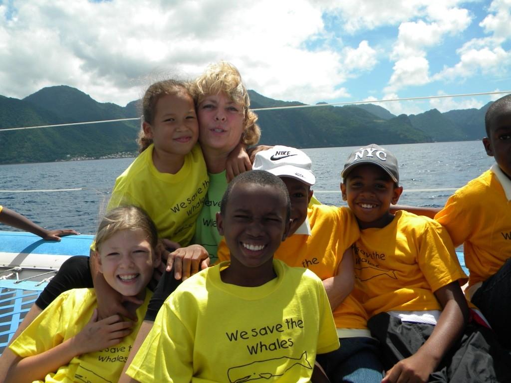 mit kids der St.Lukes Primary auf Walbeobachtung