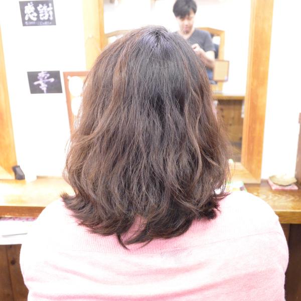 くせ毛を生かす髪型-ショートボブ