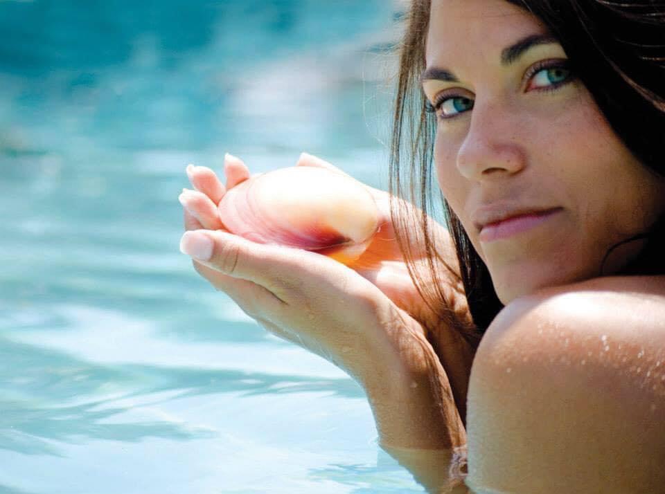 Lava Shells Massage deluxe aktueller Preis 90 min. 85 Euro inkl. kühlende Muschelmassage ...erfrischend besonders bei Hitze!