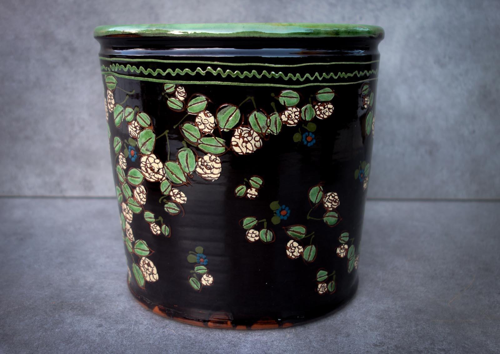 Les vases (décor noir)