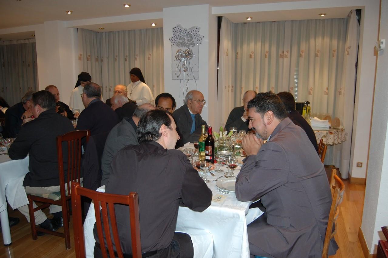 Cena con los sacerdotes en la casa provincial