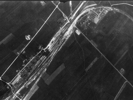 Luftbild Lager 3  und Bahnhof Kaufering Archiv Manfred Deiler, 2015