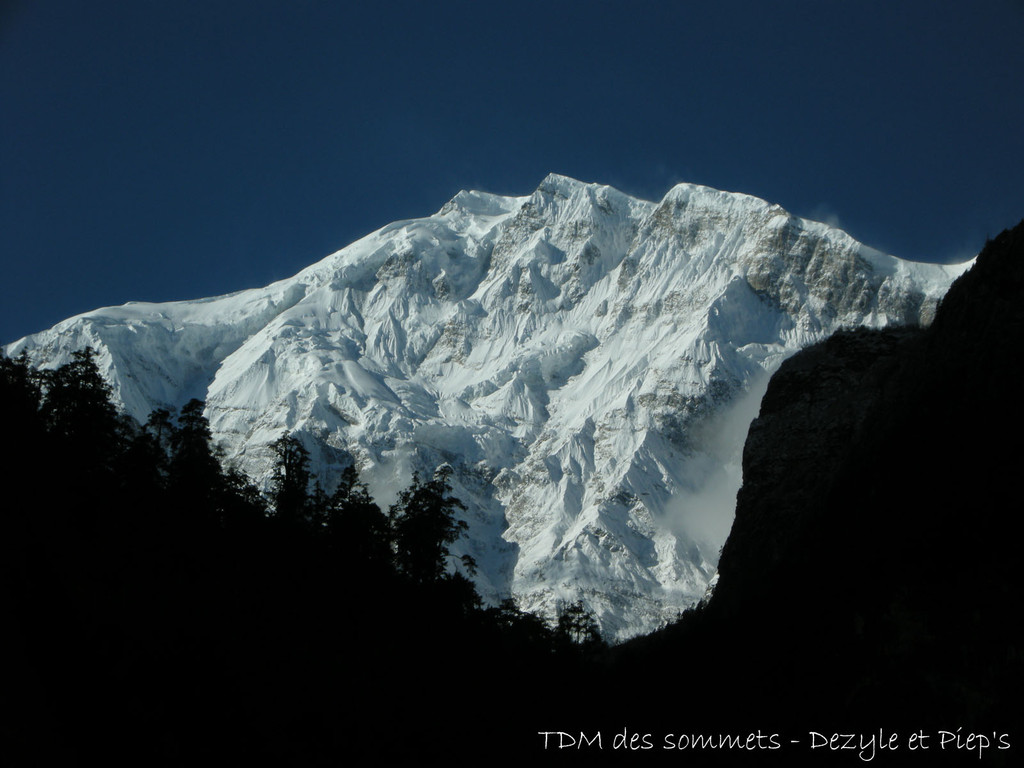 Annapurnas II, 7864 m