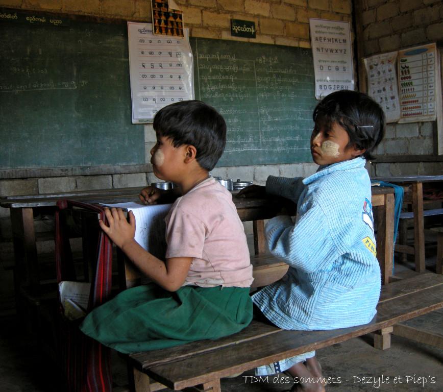 Ecole dans un village Pa-O