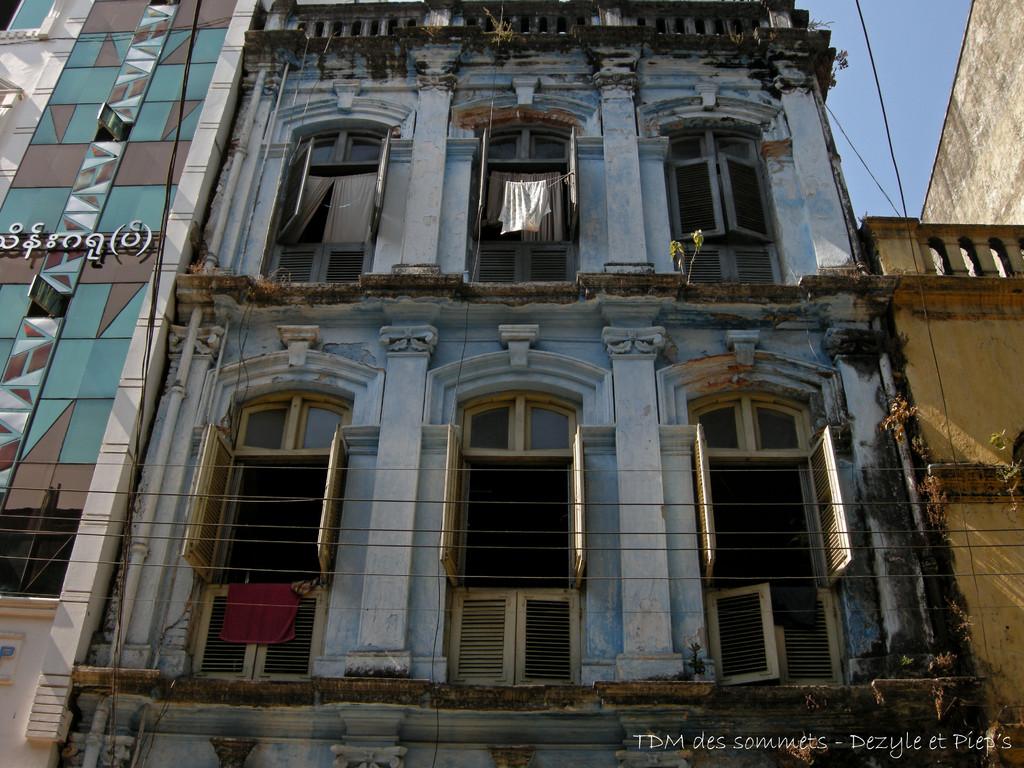Facade coloniale