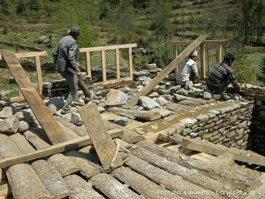 Construction d'une maison à Jiri