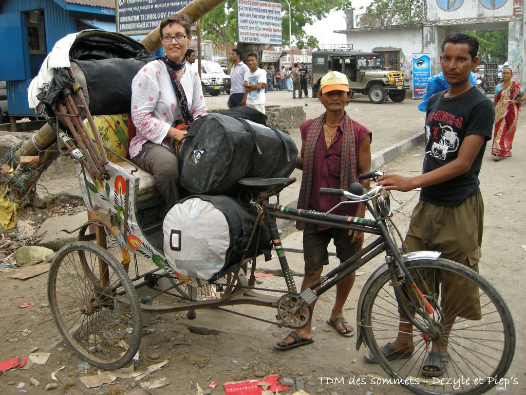 Passage de frontiere en rickshaw, Raniganj