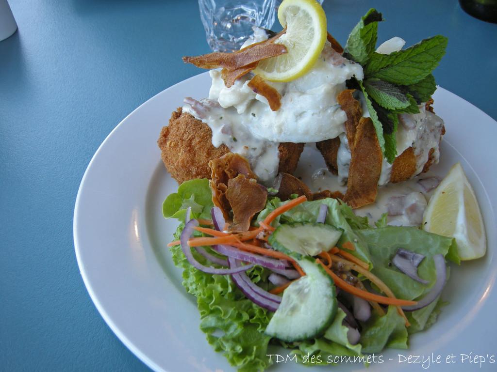 Bluff, poisson sur beignet patates