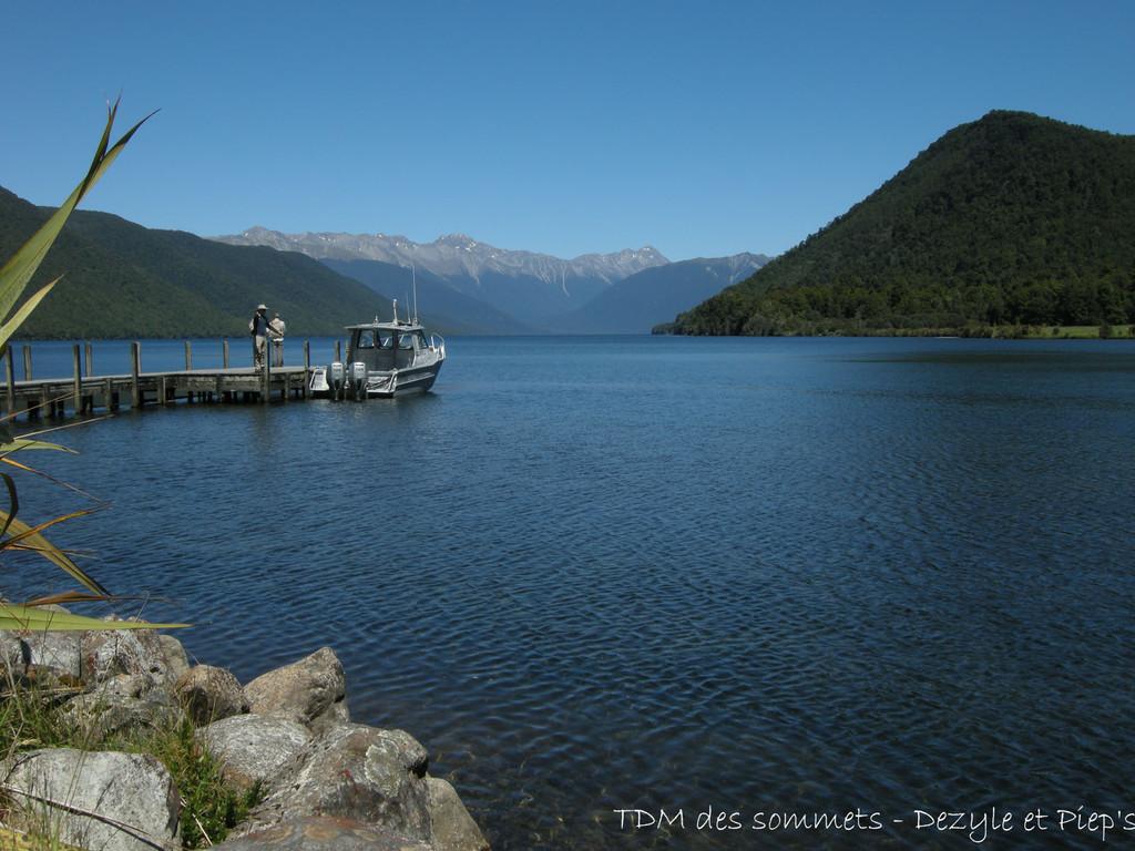 Rotaroa lake
