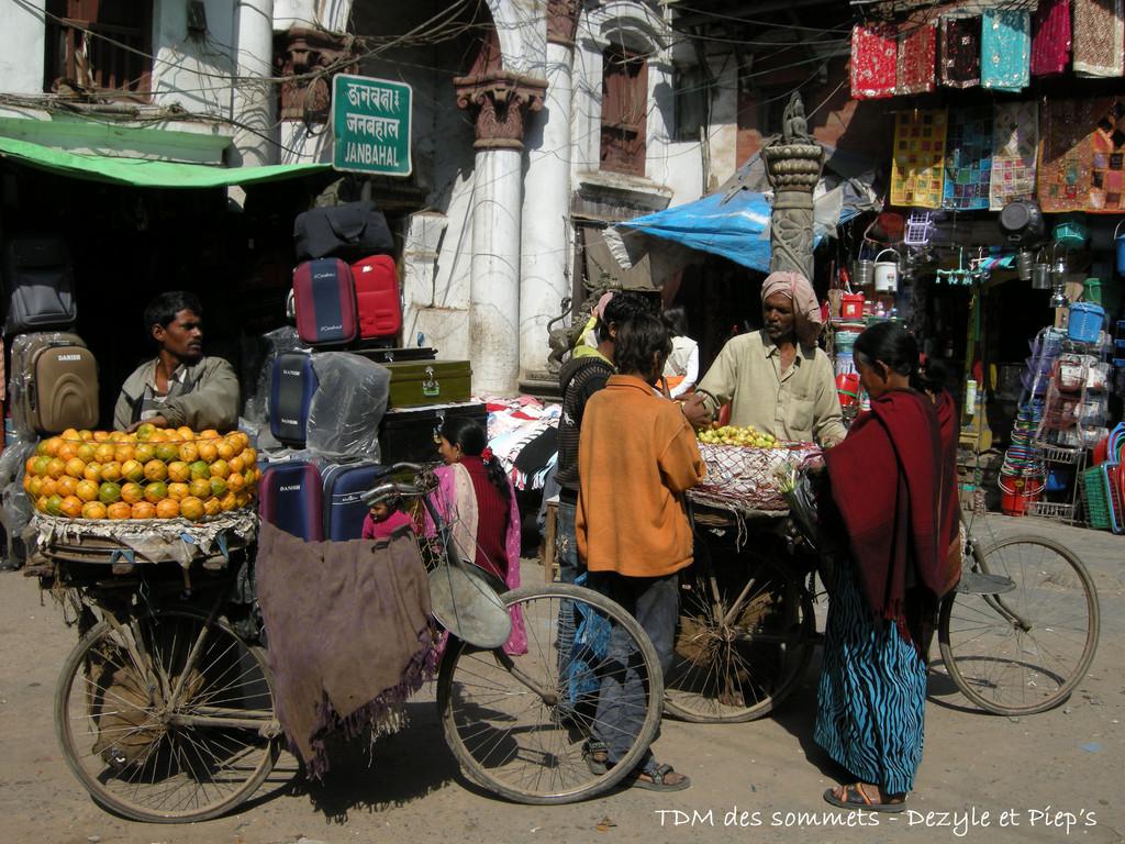 Vendeur vers Indra Chowk