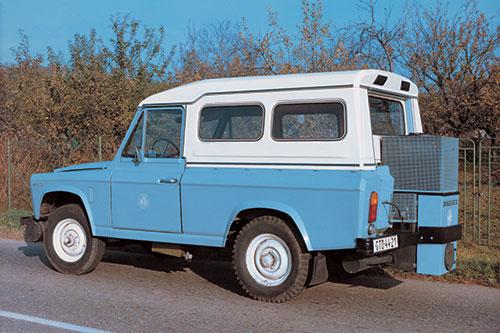 ARO 204 mit Holzgasgenerator, DOKOGEN Jahr 1985