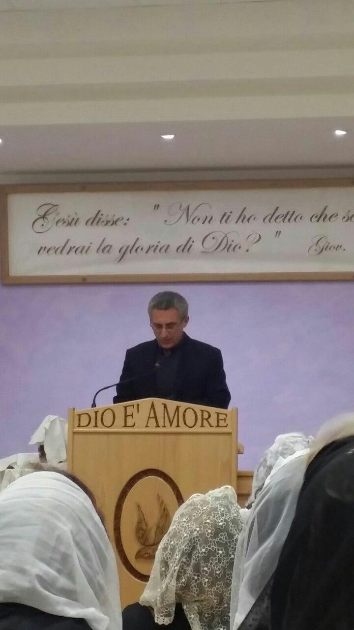 Come riportano i colleghi di Novara Netweek, Alberto Pastore, classe 1996, dopo una lite, pare per questioni di cuore, ha ucciso lamico Yoan.