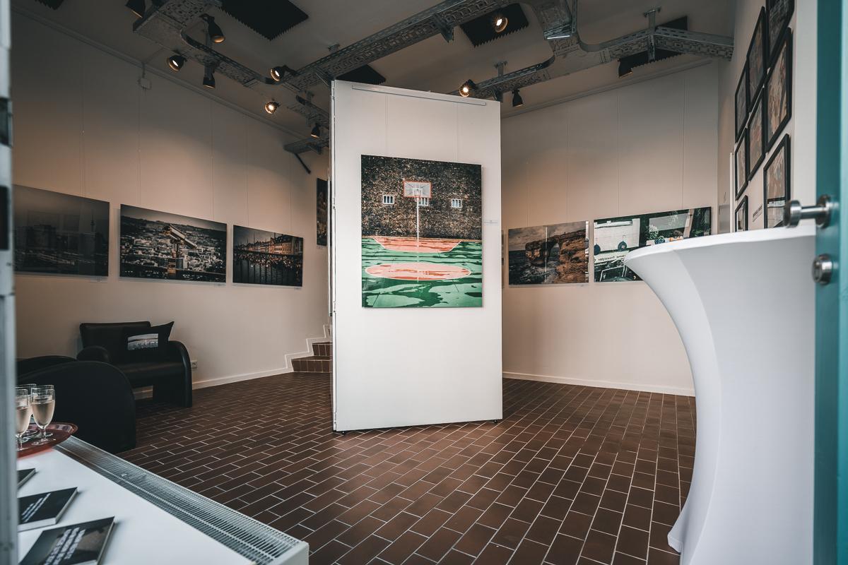DAS ERSTE MAL | Fotoausstellung | 03.08. - 15.12.2019 in Hannover