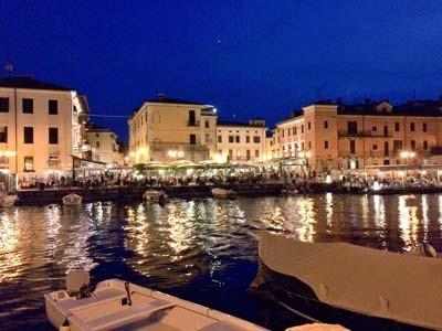 突然涼しくなったイタリアからこんにちは。