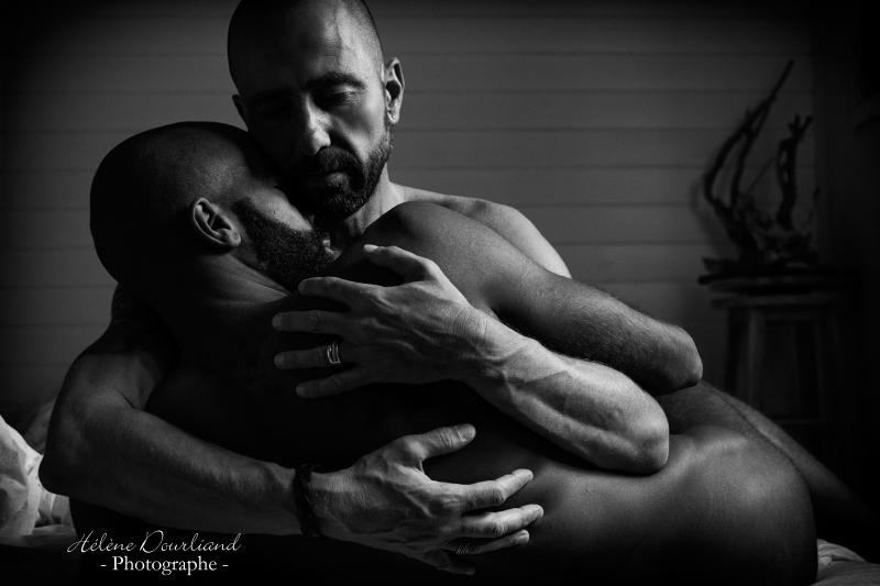 Photographe spécialisée dans la photo boudoir couple en Yvelines près de Paris