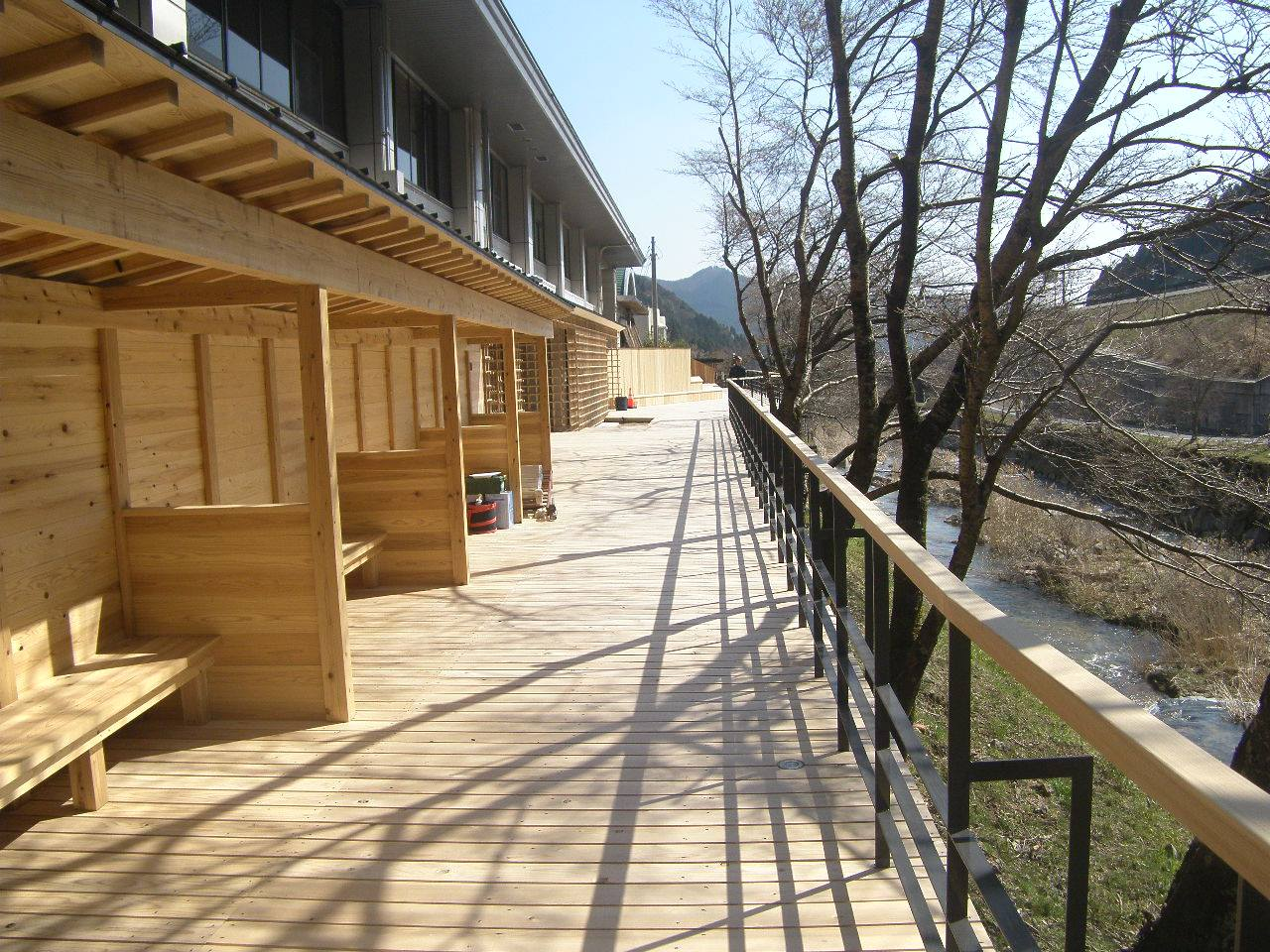 【公共施設】西粟倉村 道の駅「あわくらんど」木回廊
