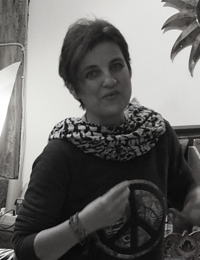 Susanne Petrovic-Farah: Stimme, Geige, Ukulele