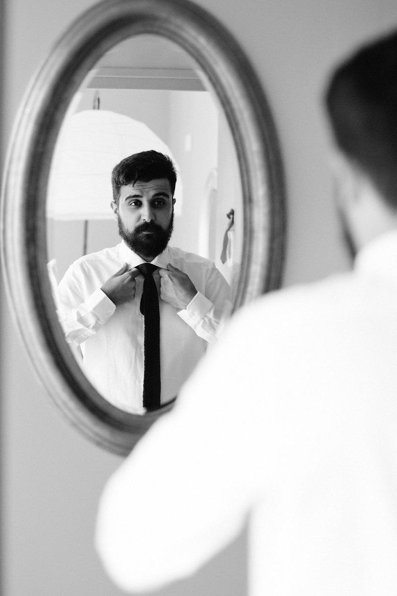 marié chemise cravate noir et blanc