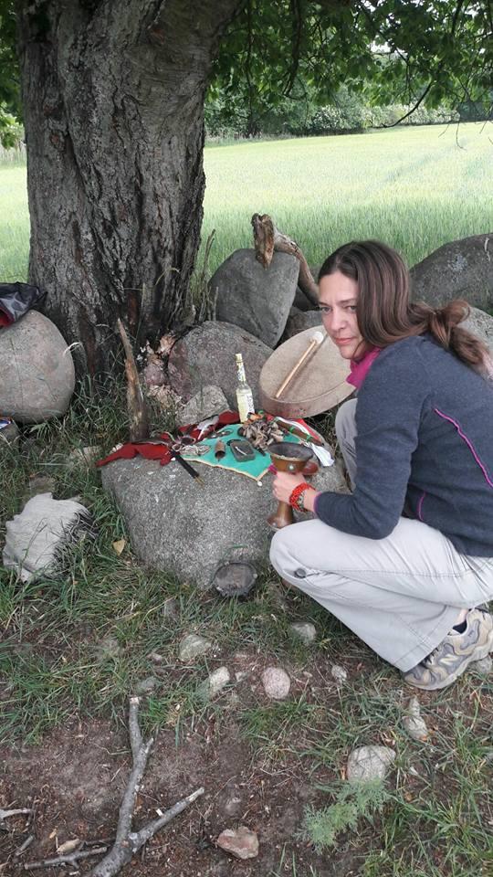 Petra Hinze Frauenwissen & Schamanismus, Rituale