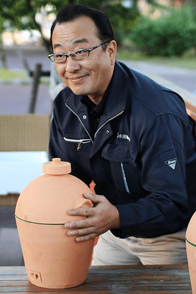 ミニ蒸しかまどを開発した㈲小田製陶所・五代目代表の小田正雄