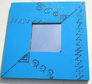 """Miroir """"éthnique """" réf : m nb 002 noir et bleu outremer 25x25 cm (vendu 15 €)"""