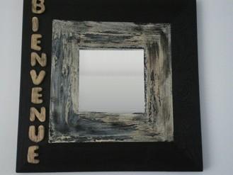 """Miroir """" bienvenue """"  réf : m nb 001  25 x 25 cm vendu  18 €"""