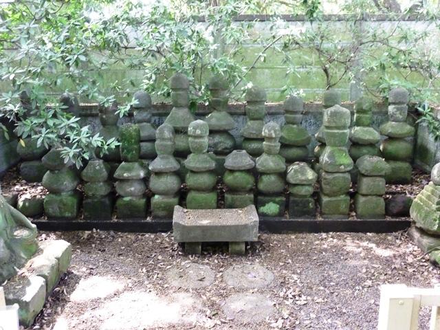 館林城出土墓石群