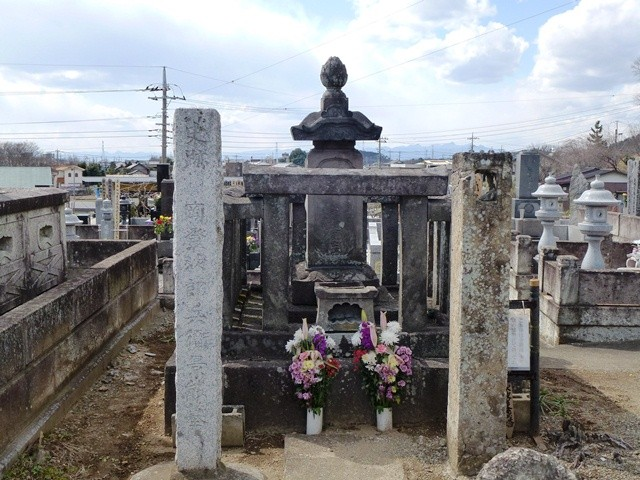 岡登景能の墓(国瑞寺)