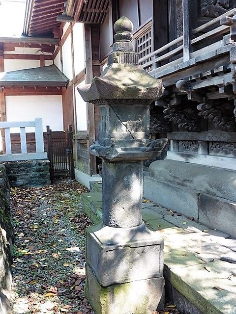 東向八幡宮の石幢