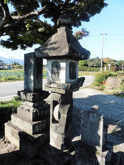 正法寺の六地蔵石幢