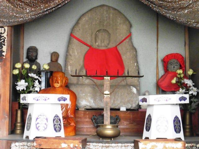 西福寺の赤子地蔵