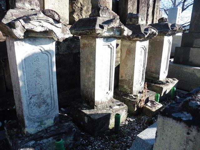 小幡藩家老・吉田玄蕃家の墓(宝勝寺)