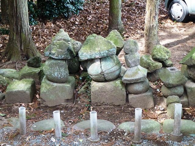 里見兄弟の墓(みどり市大間々町)
