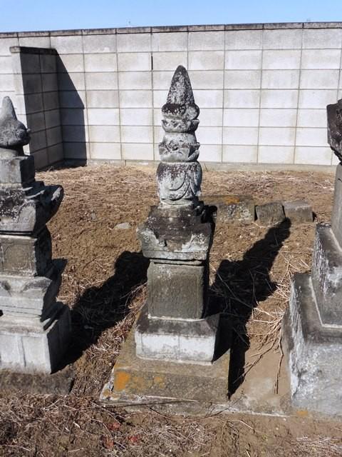 足利成氏の墓(東雲寺)